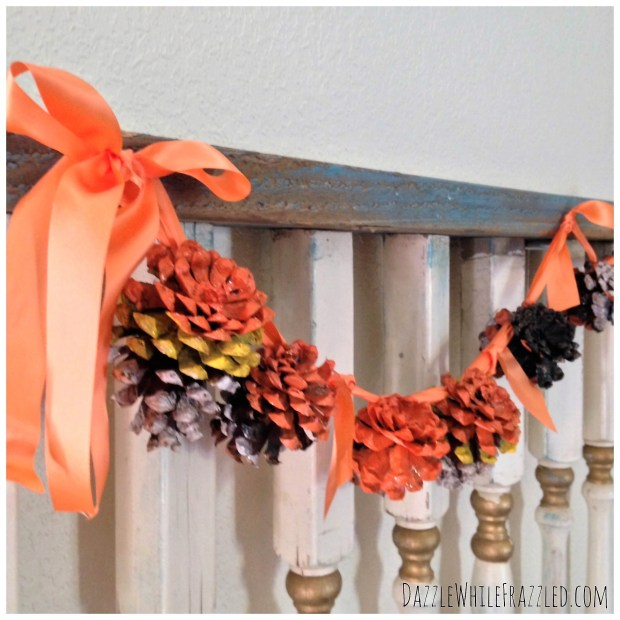 Use pinecones to make an easy, rustic Halloween garland | DazzleWhileFrazzled.com