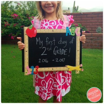 First day and last day reusable chalkboard for school | DazzleWhileFrazzled.com