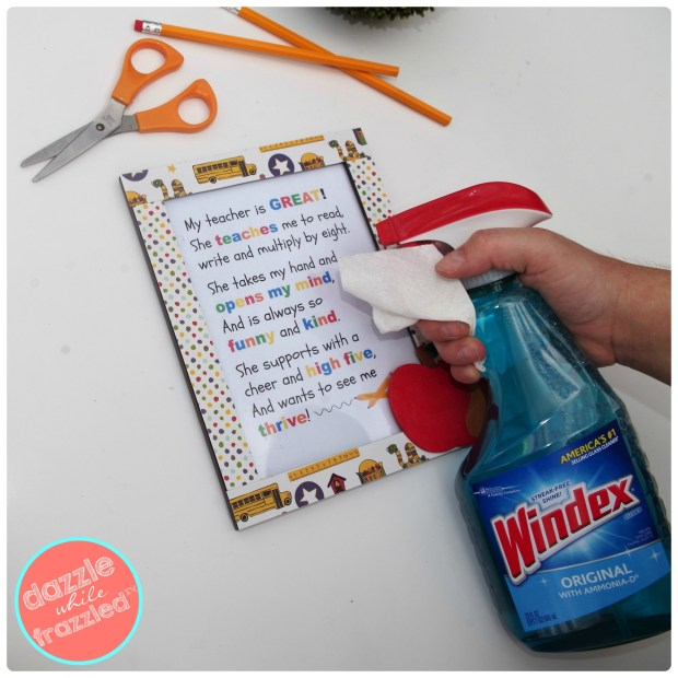 DIY homemade Teacher Photo Frame with Poem Printable | DazzleWhileFrazzled.com