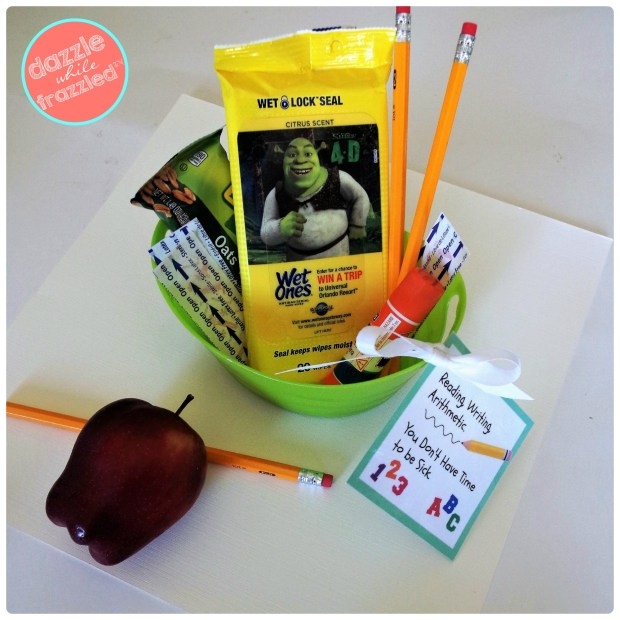 Make a back-to-school teacher survival kit with free printable gift card | DazzleWhileFrazzled.com
