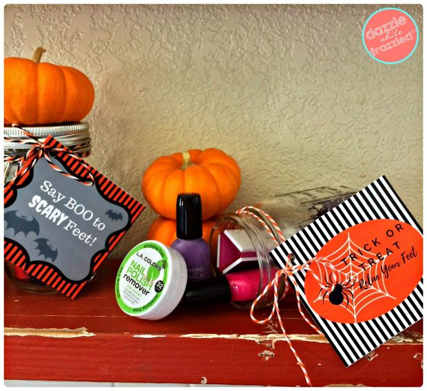 Use a mason jar to put together a Halloween beauty gift | DazzleWhileFrazzled.com
