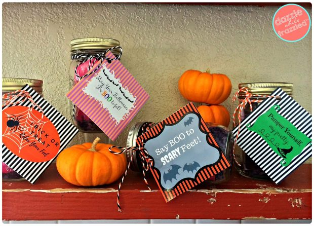 Easy DIY Halloween gift idea with beauty products as mason jar gift | DazzleWhileFrazzled.com