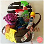 How to Make Pretty + Easy Hostess Cleaning Gift Basket