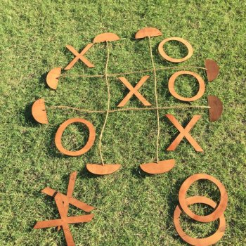 10 insanely fun games for family Large Lawn Tic Tac Toe Outdoor Game