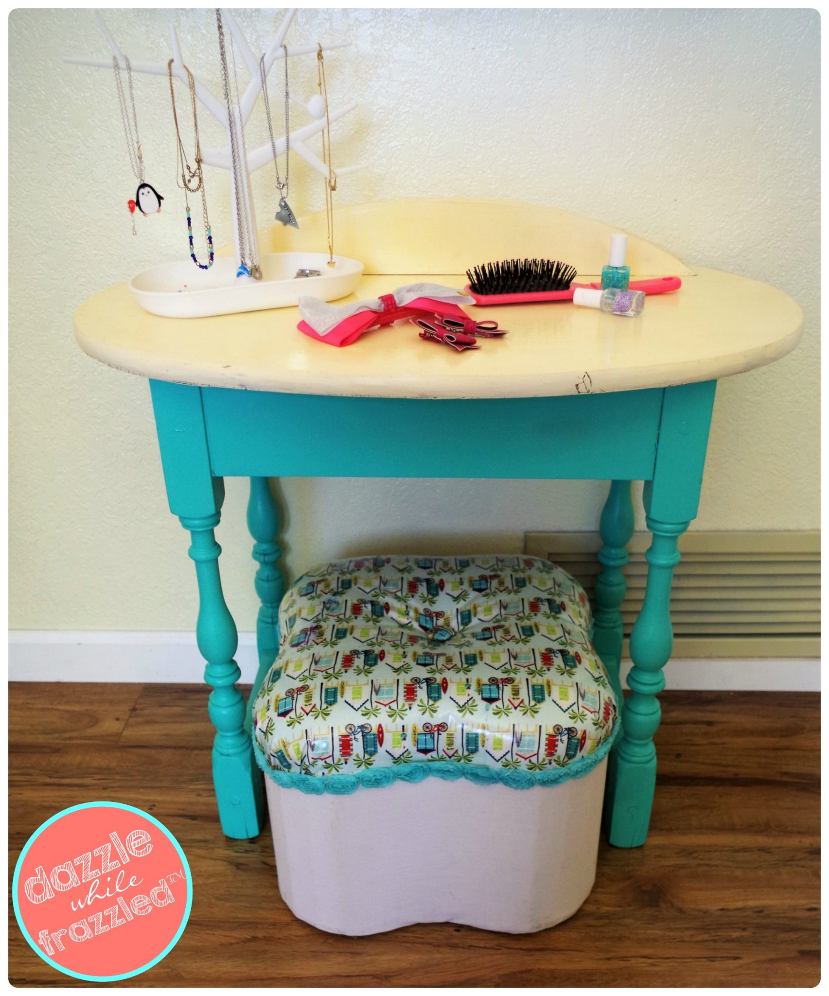 how to make a cute girls beauty station