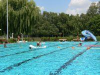 Freibad niedereschbach frankfurt main  Schwimmbad und Saunen