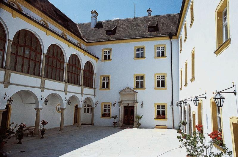 Schloss Offenberg  Bayerischer Wald