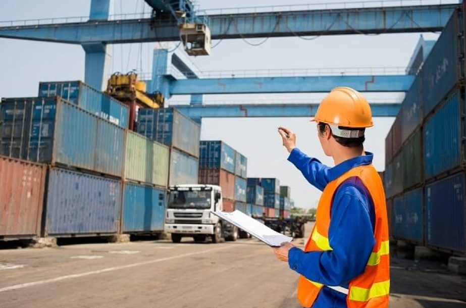 Who are Freight Forwarders and what is their role?