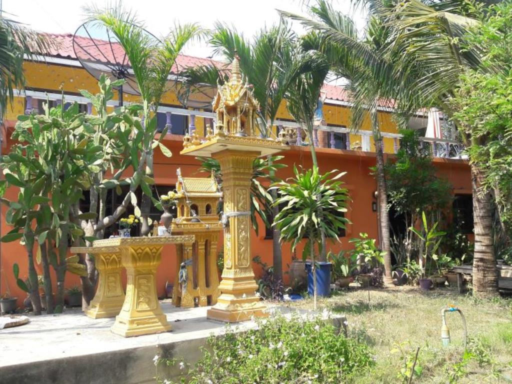 Wang Pla Guesthouse Fishing Park Hotels Book Now