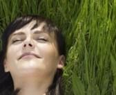 Hormonlarınızı Dengelemek İçin 10 Doğal Yol