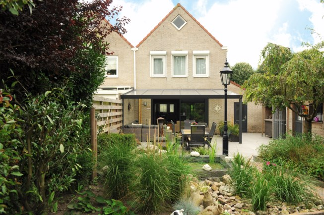 expert-edition-met-polycarbonaat-aluminium-overkapping-veranda