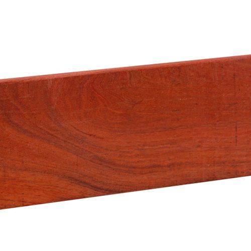 14002-14003-Basic-hardhouten-fijnbezaagde-plank-hardhout