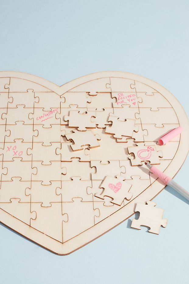 Wedding guest book with heart puzzle