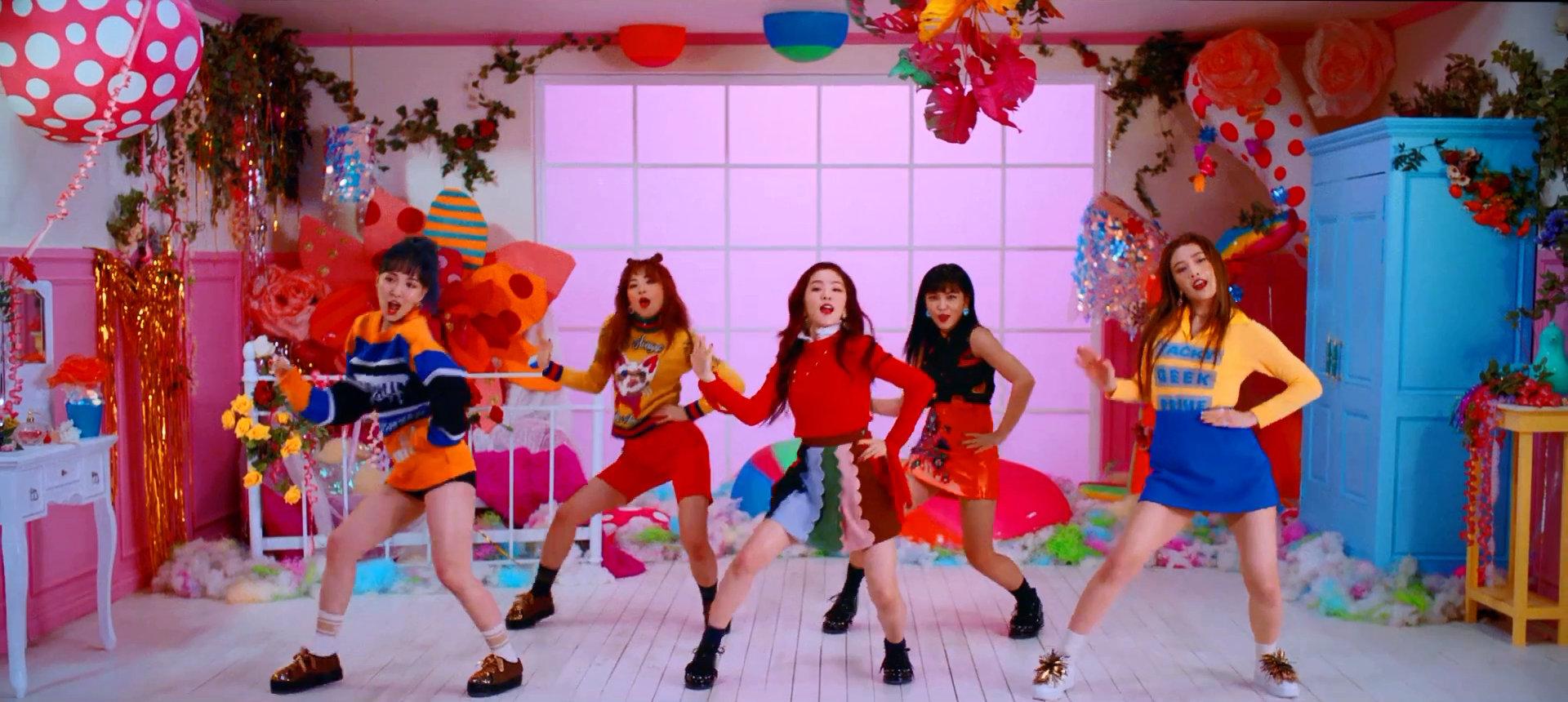 Red Velvet Rookie
