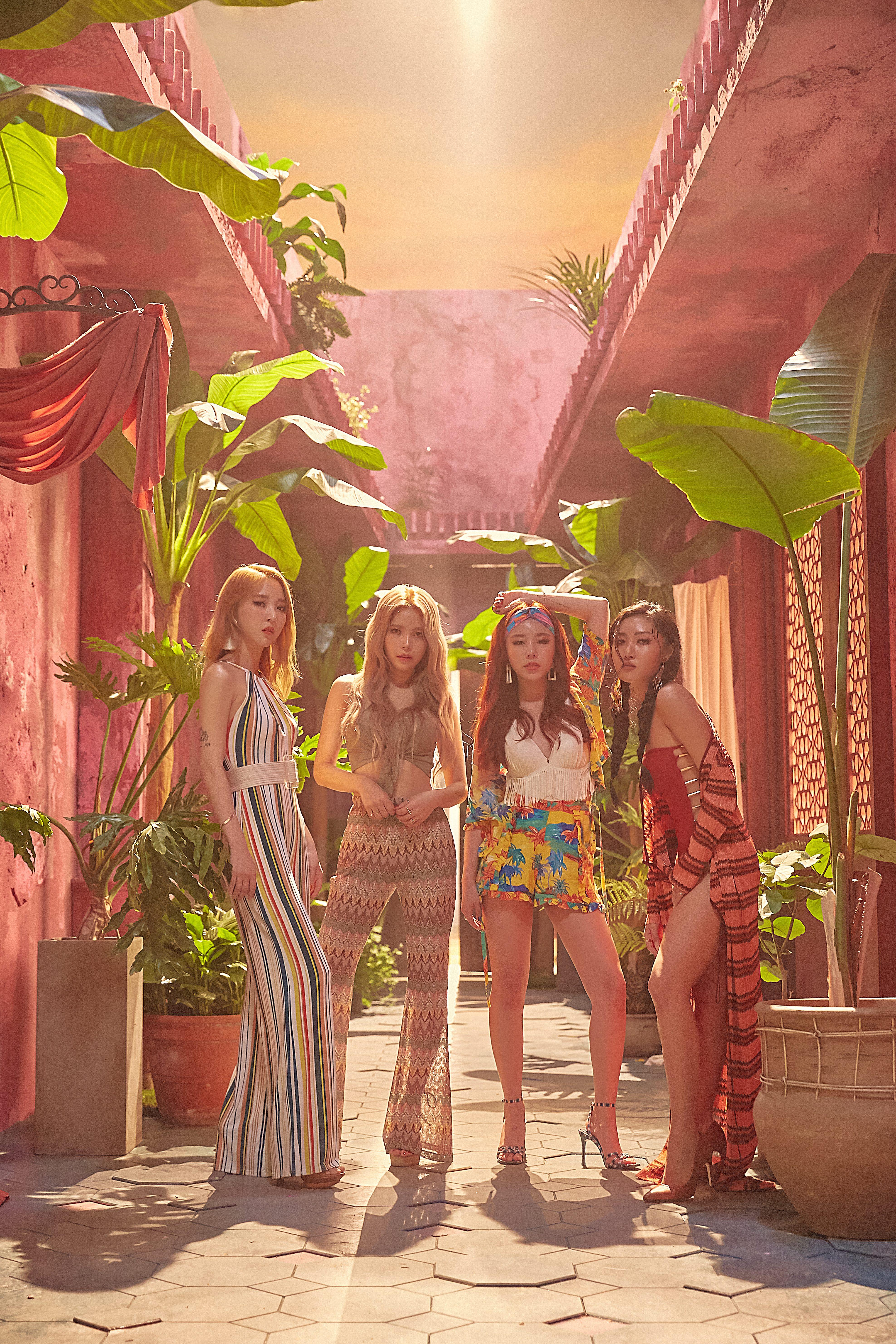 Girl Generation 2014 Wallpaper Mamamoo Red Moon Egotistic Concept Photos Hd K Pop