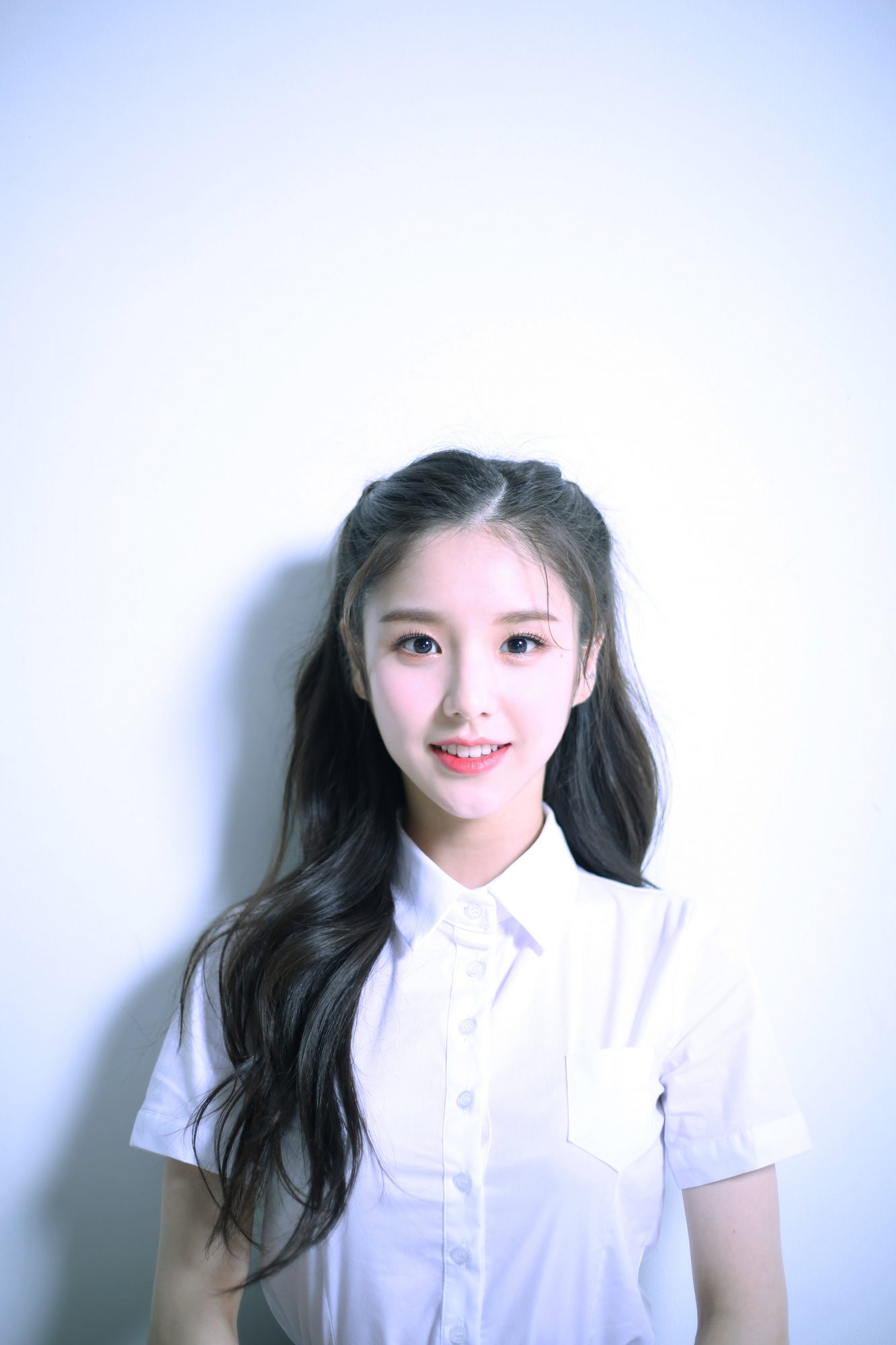Wallpaper Hd For Mobile Free Download Girl Loona Debut Hr Hd Profile Photos K Pop Database