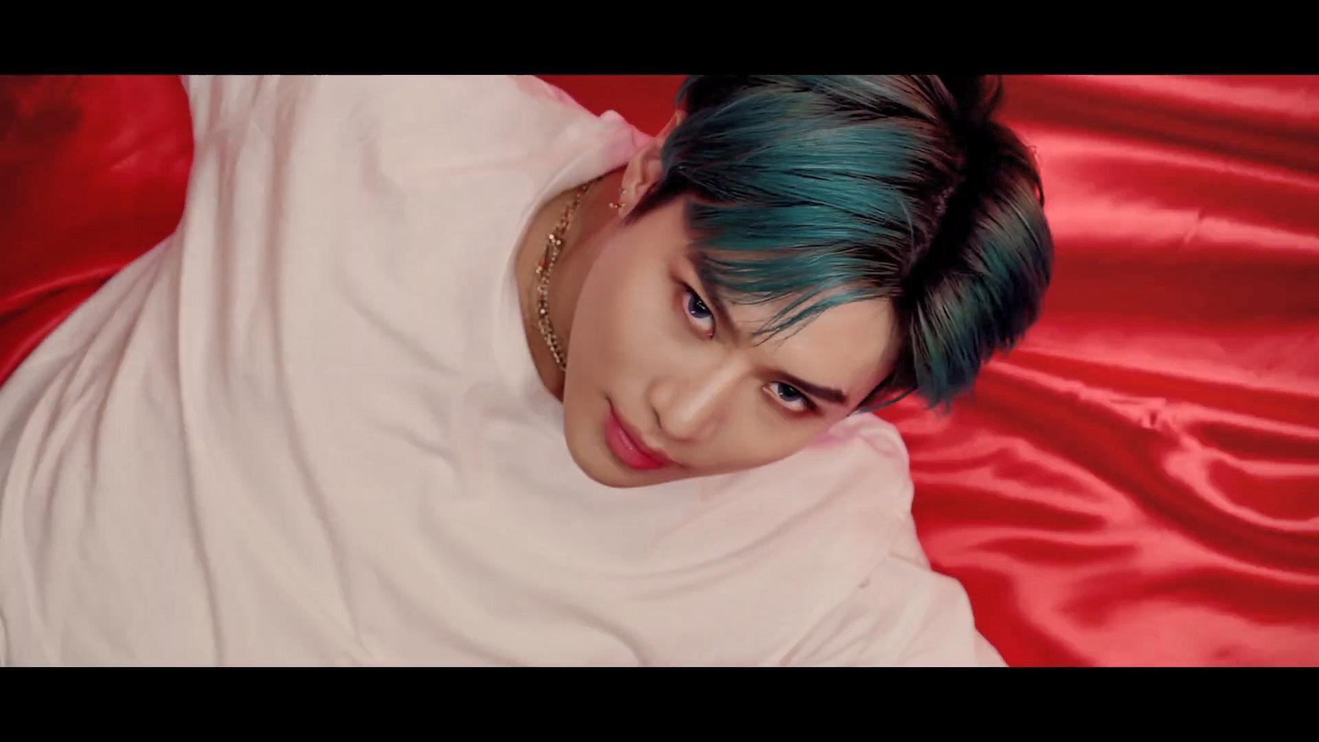 Shinee Dream Girl Wallpaper Taemin Famous Mv Screencaps K Pop Database Dbkpop Com