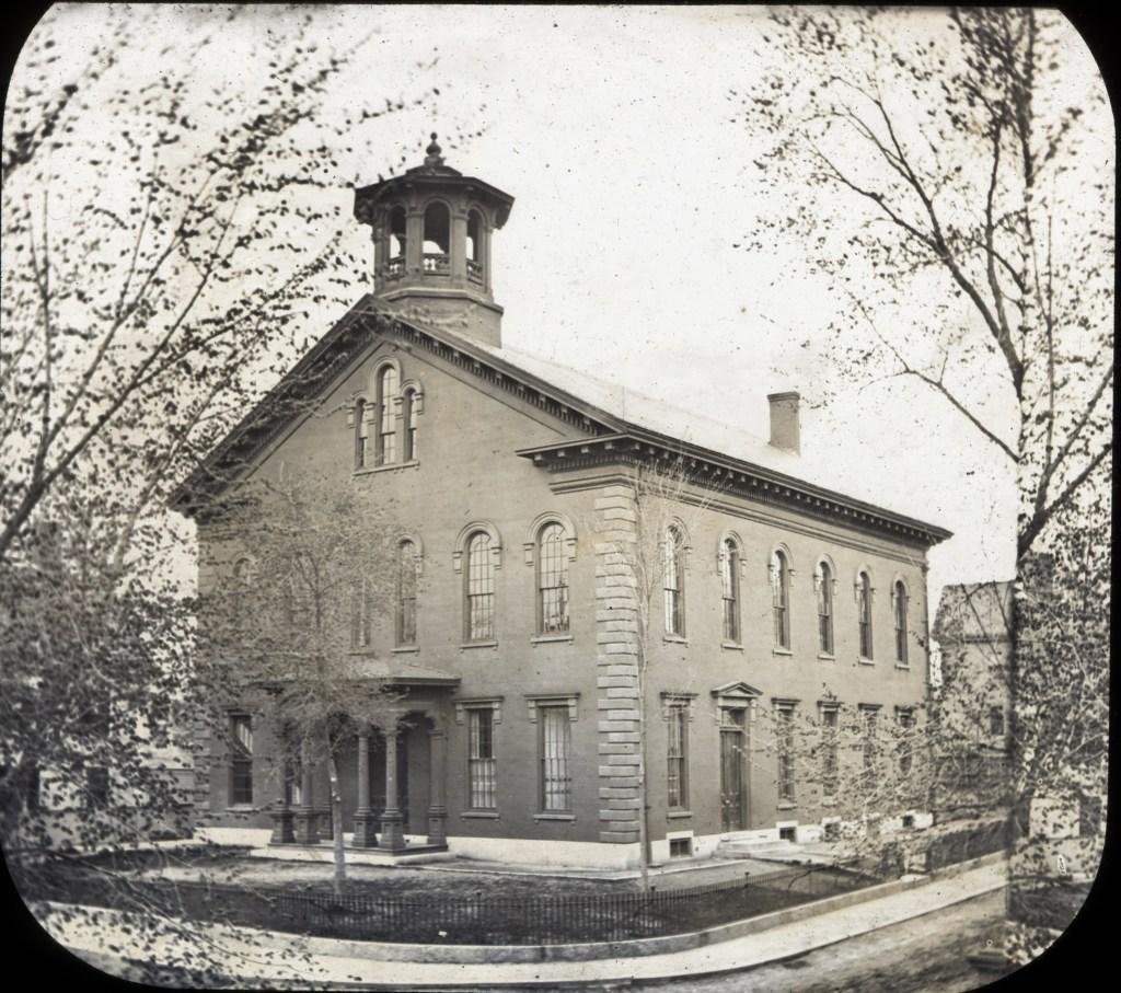 Monochrome photograph