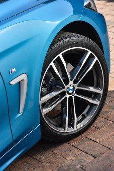 P90267065_highRes_the-new-bmw-4-series