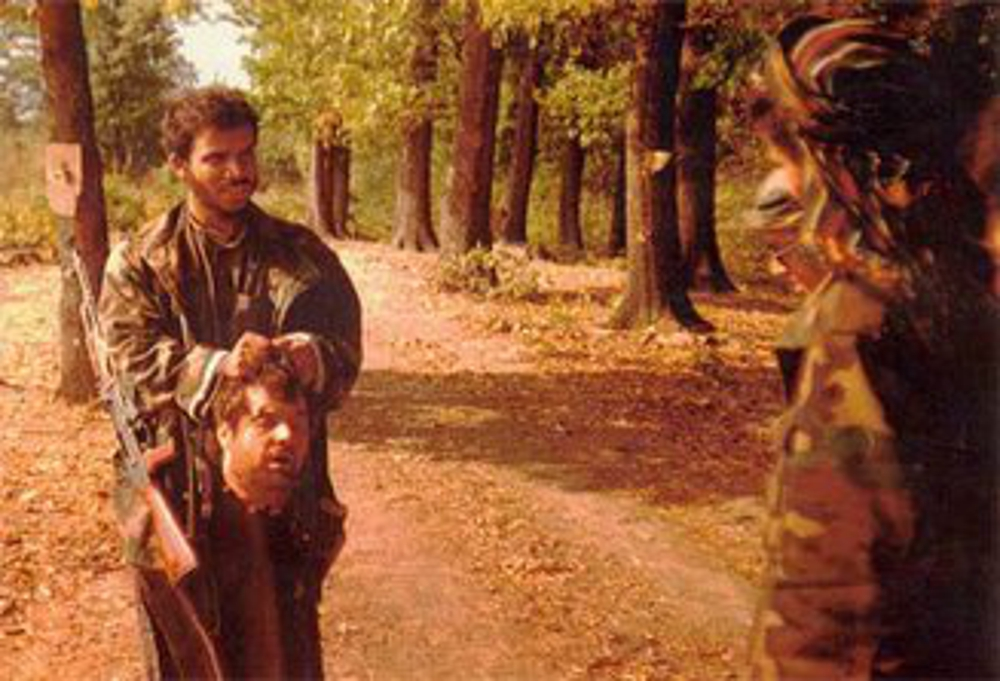 https://i0.wp.com/dbprng00ikc2j.cloudfront.net/work/image/202233/slide/Photo_of_Saudi_Arab_IslamistTerrorists_beheading_Serbs_in_Bosnia__1992.0.jpg