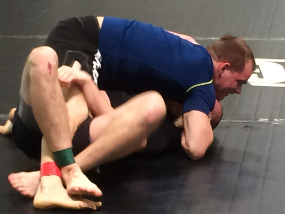 Stirling smashing his opponent