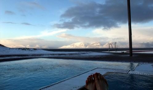 39°C Wasser, eisiger Wind, schöne Aussicht, keine Leute, perfekt.