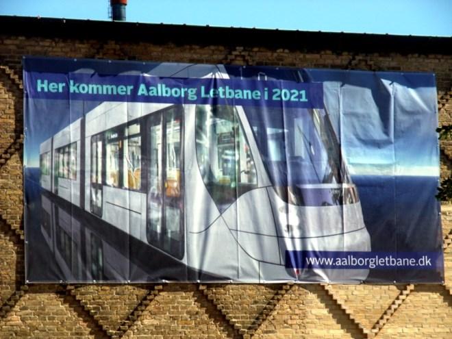 Her mit der Strassenbahn. Warum erst 2021?