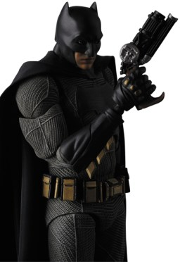 MAFEX-BvS-Batman-006