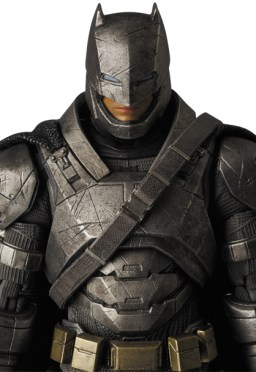 MAFEX_Armor_Batman_05