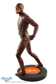 The_Flash_Statue_04