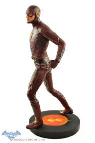 The_Flash_Statue_04