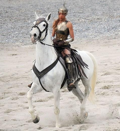Wonder_Woman_Amazonian_01