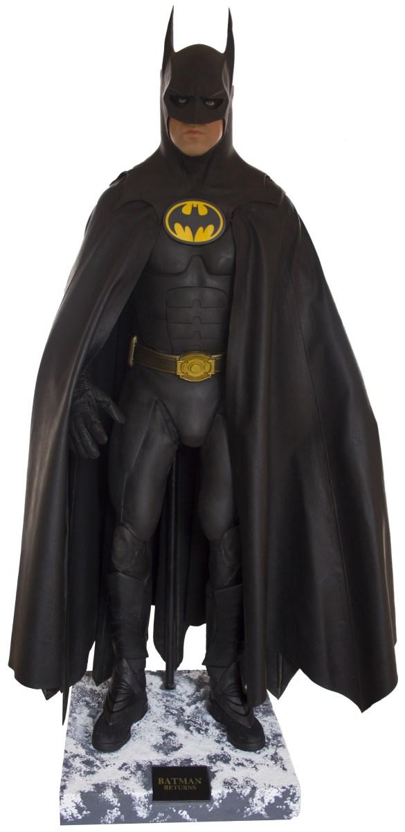 batsuit batman begins auction dc comics news