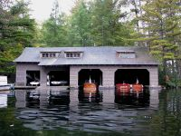 MODERN INTERIOR: Lake Boathouse Designs