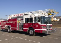 Radio Controlled Fire Engine With Working Hose - Acpfoto