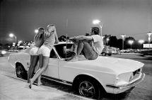 1970s Van Nuys Blvd Cruising Girls
