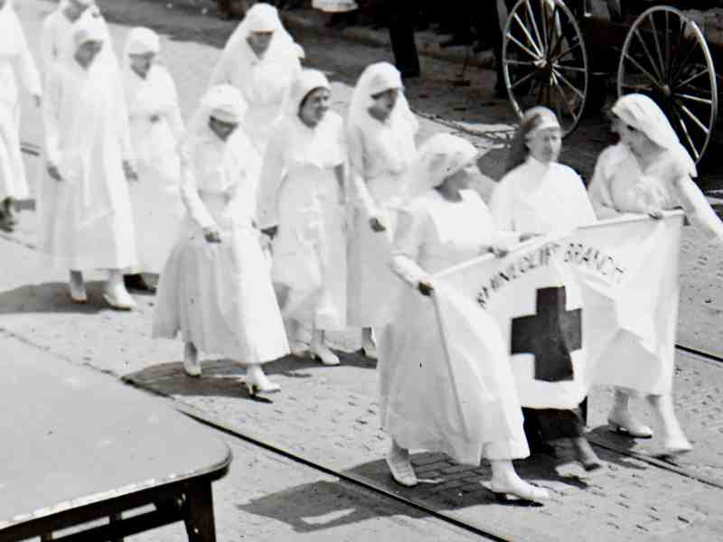 """Rhinecliff Branch"" Red Cross. Poughkeepsie parade, undated most likely 1918 county-wide Bond Drive."