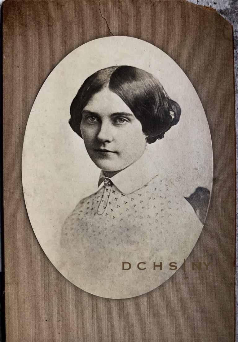 Julia Dean