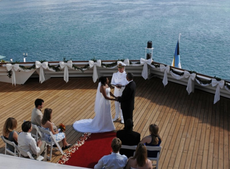 disney-cruise-onboard-wedding-ceremony