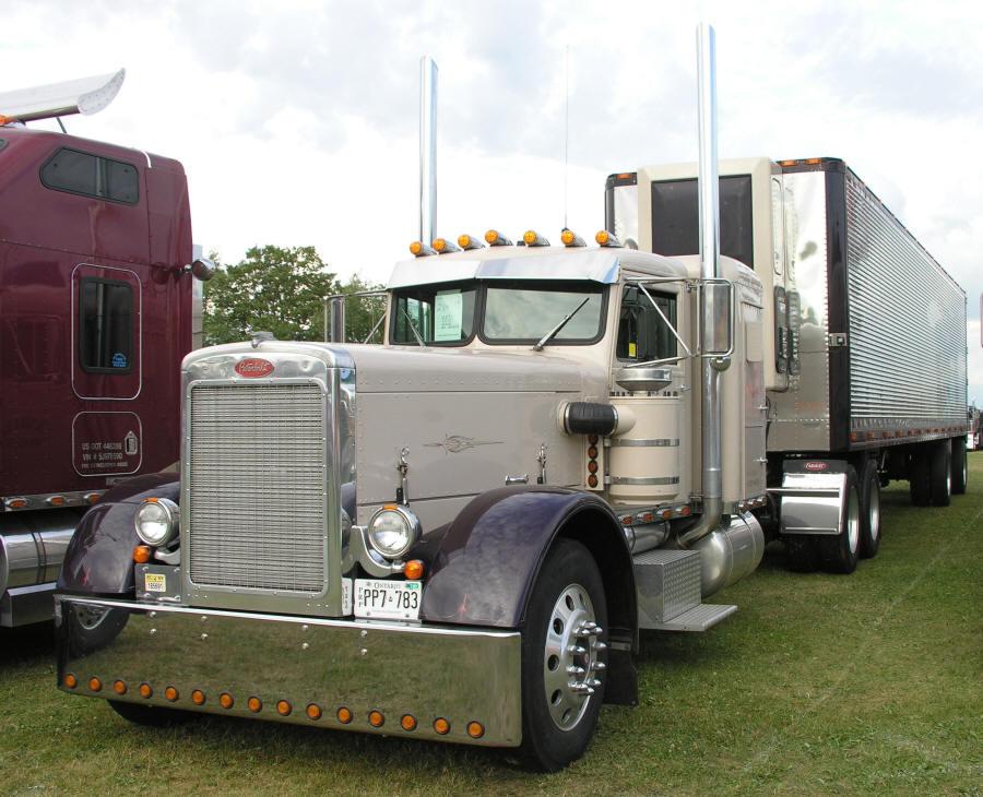peterbilt stock or custom exhaust