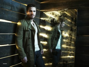 New-promotional-pictures-arrow-cw-34213848-1800-1350