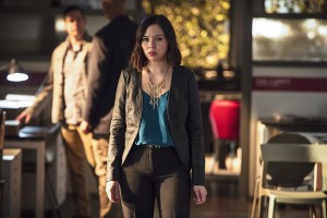 """he Flash -- """"The Darkness and the Light"""" -- Image FLA205B_0109b.jpg -- Pictured: Malese Jow as Linda Park -- Photo: Cate Cameron/The CW -- © 2015 The CW Network, LLC. All rights reserved."""