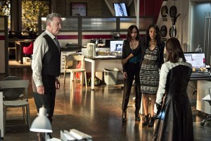 """The Flash -- """"The Darkness and the Light"""" -- Image FLA205B_0090b.jpg -- Pictured (L-R): Tom Butler as Eric Larkin, Malese Jow as Linda Park and Candice Patton as Iris West -- Photo: Cate Cameron/The CW -- © 2015 The CW Network, LLC. All rights reserved."""