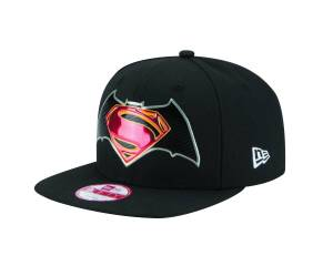 BATMAN V SUPERMAN TITLE CHROME SNAP BACK CAP