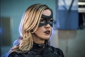 "Arrow -- ""Unchained"" -- Image AR412A_0214b.jpg -- Pictured: Katie Cassidy as Black Canary -- Photo: Liane Hentscher/ The CW -- © 2016 The CW Network, LLC. All Rights Reserved."