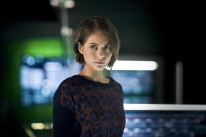 "Arrow -- ""Eleven-Fifty-Nine"" -- Image AR418b_0146b.jpg -- Pictured: Willa Holland as Thea Queen -- Photo: Diyah Pera/The CW -- © 2016 The CW Network, LLC. All Rights Reserved."