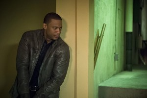 """Arrow -- """"Genesis"""" -- Image AR420a_0418b.jpg -- Pictured: David Ramsey as John Diggle -- Photo: Diyah Pera/The CW -- © 2016 The CW Network, LLC. All Rights Reserved."""