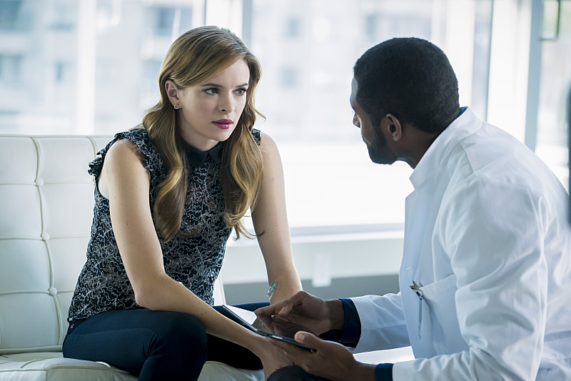 """The Flash -- """"Monster"""" -- Image FLA305b_0370b.jpg -- Pictured (L-R): Danielle Panabaker as Caitlin Snow and Thomas Cadrot as Nigel  -- Photo: Katie Yu/The CW -- © 2016 The CW Network, LLC. All rights reserved."""
