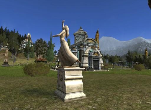 Statue: Luthien