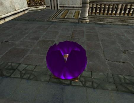 Lanterne Flottante Violette – Fermée